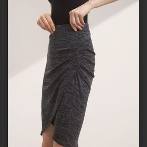 Aritzia Wilfred Free Tyra space dye grey skirt